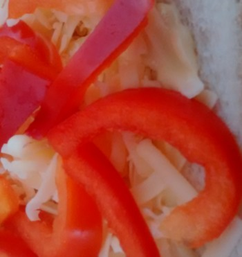 Cheddar Cheese Red Pepper Crunch Sandwich Filling Idea