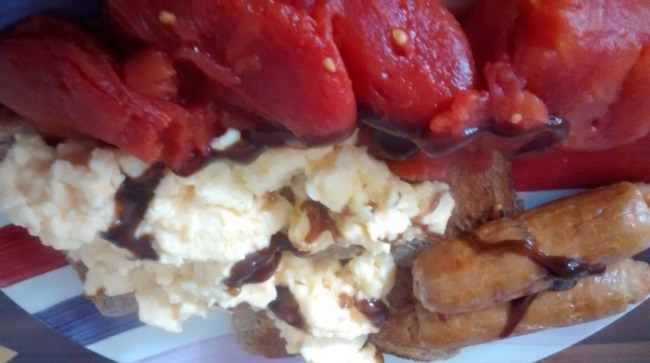 Sausages Scrambled Eggs Tomatoes