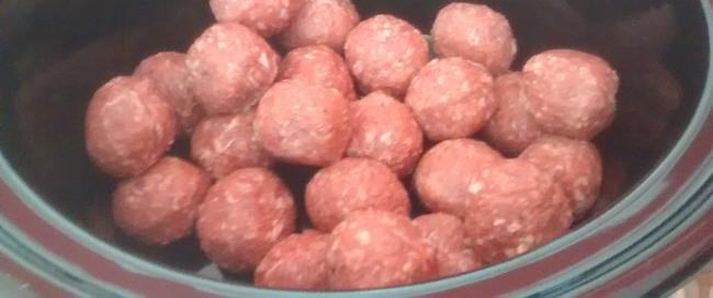 Raw Meatballs Slow Cooker