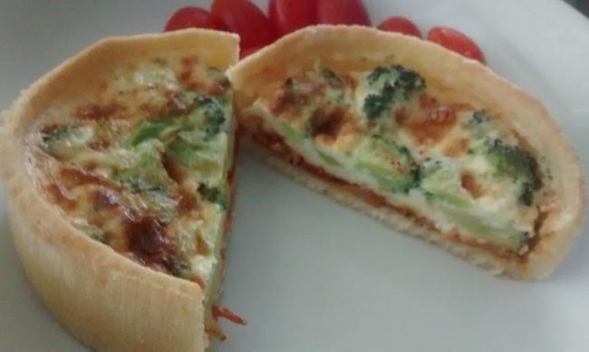 Simple Tomato Broccoli Cheese Quiche One Portion