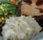 Lidl Castle Grove Deep Fill Minced Beef Onion Pie Mash Vegetables