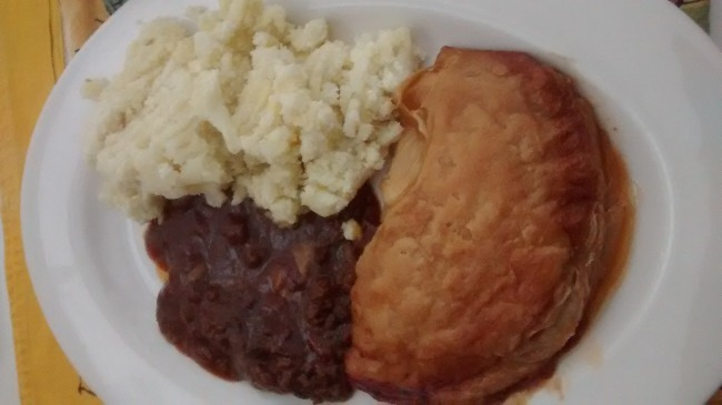 Fray Bentos Pie Review Chilli Beef Pie Served