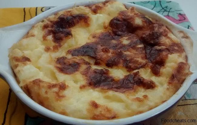 No Weigh Crustless Quiche Cheddar Cheese Mozzarella Onions