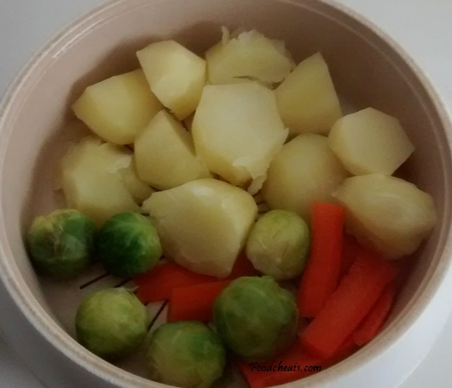 Microwave Fresh Vegetables Together Potatoes Brussels Sprouts Carrots